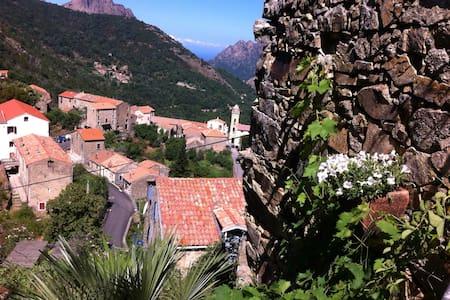 Jolie maison près du golfe de porto - Marignana - Rumah