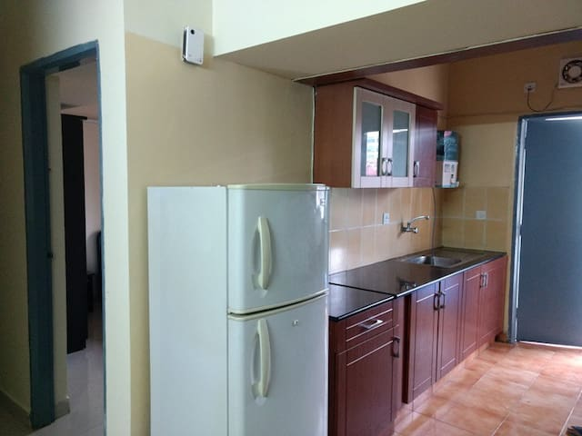 Furnished 2 bhk for females and family
