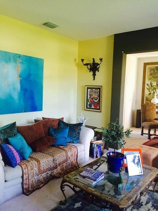 Moroccan and indian accents with a small replica of Picasso, Girl in the mirror piece, one of our family favorites,  this is one two living rooms, great for some alone time in a chic setting...