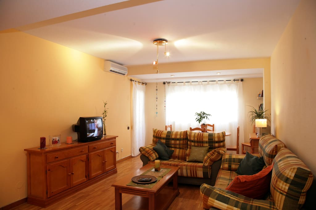 Between The Beach And Downtown Apartments For Rent In Valencia Valenciana Spain