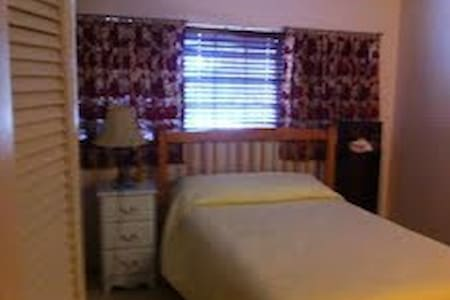 Mumford and Sons?  - St. Augustine - Bed & Breakfast