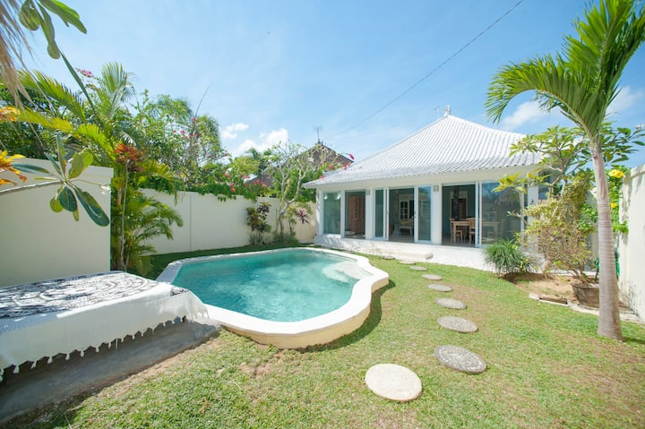 Unique 1 bedroom villa in Seminyak