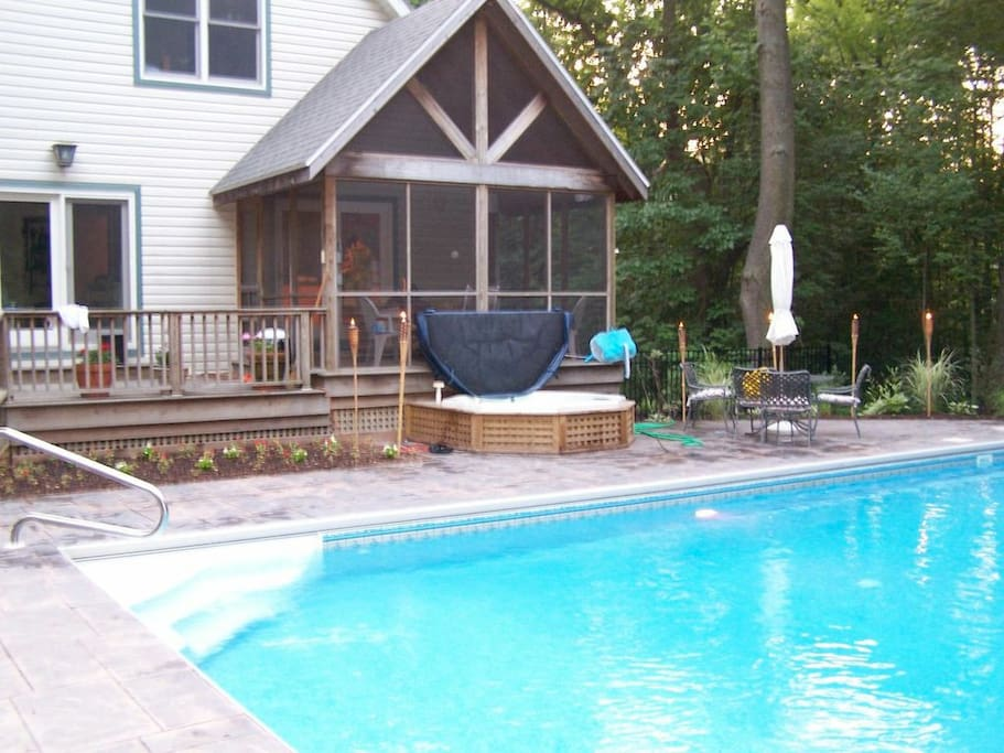Getaway House W Pool Near Dunes Houses For Rent In Sawyer Michigan United States