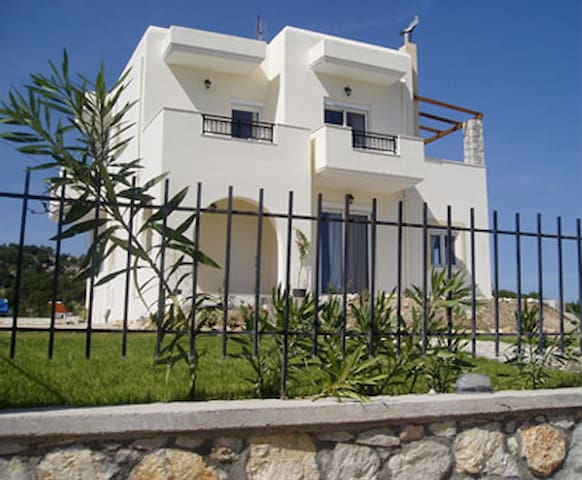 Wonderful Villa in Psinthos!!! - Rhodes - Casa