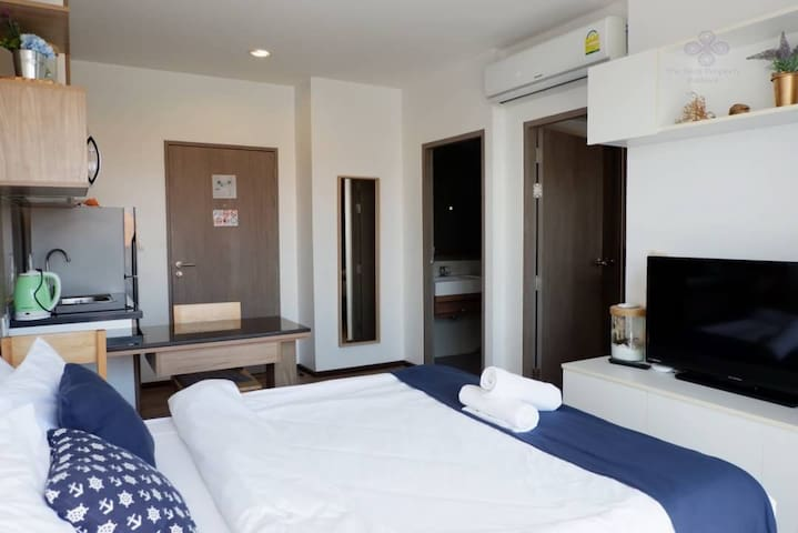 Extra bed at living area
