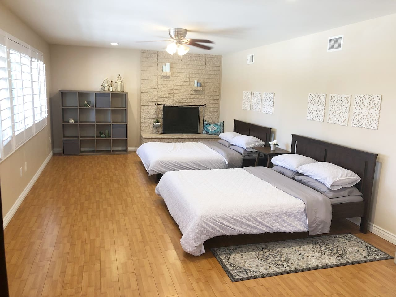 Two queen sized beds-sleeps four. Lots of natural light with plantation shutters.