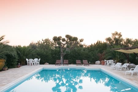 Bed & Breakfast in Puglia, bedroom for 2 persons - Castellana Grotte - Penzion (B&B)