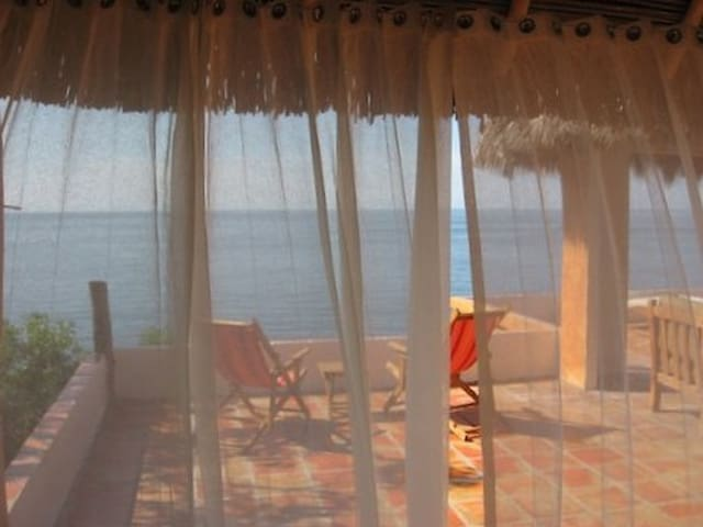 Romantic Remote Eco Beach Palapa  - Chimo - Bungalow