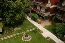 the private garden of residence La Romantica