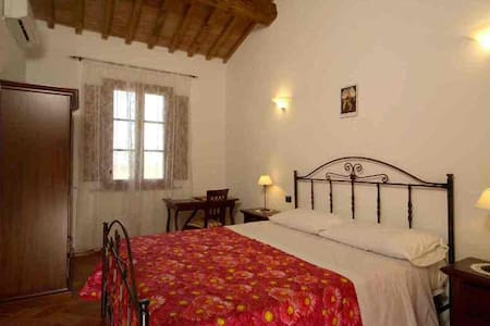 PAPAVERO Apartment - holidays in Tuscany - Pardossi