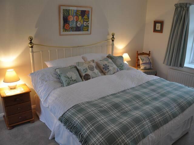 Bulleigh Barton Manor - The Garden Suite