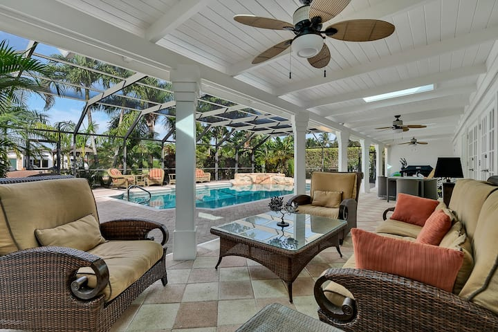 Your vacation home in Royal Harbor of Naples!