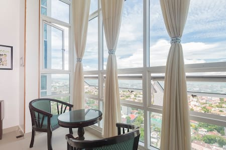 Condo Unit 26th Flr w/ sea view - Cebu - Loft