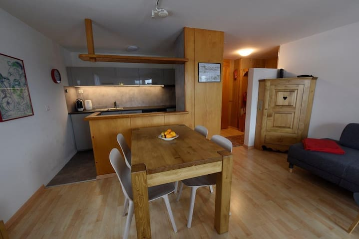 Casa sut Selva, (Flims Dorf), 1844, 2.5 room apartment, max. 4 people