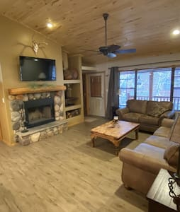 Wild Horse Pines Cabin