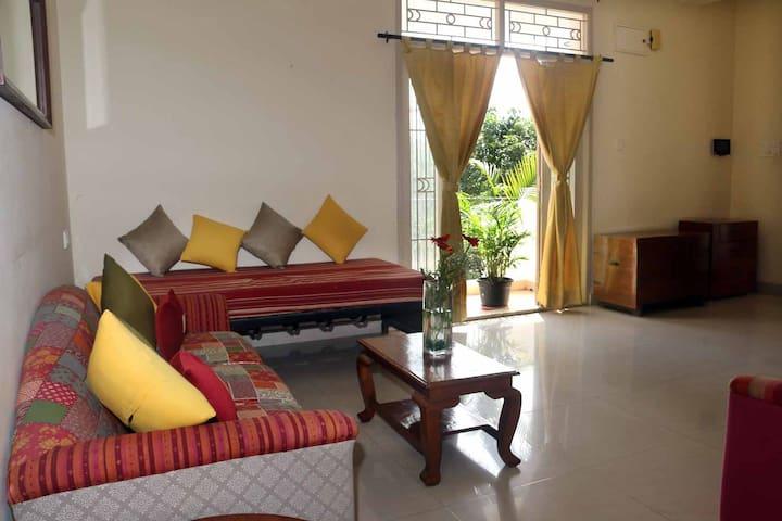 Living Room 5B