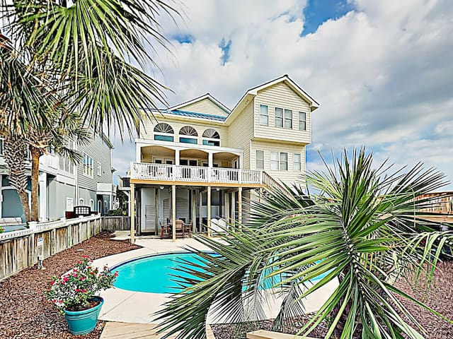 New Listing! Oceanfront Majesty w/ Pool & Elevator