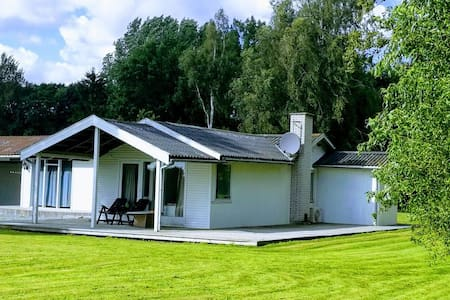 Lovely Cottage 120 sqm, 20km from Copenhagen