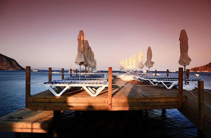 Denize sıfır yaz- kış aylık-sezonluk kiralık daire