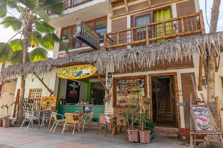 Hurvinek-Complejo hotelero y surf Room Hurvínek