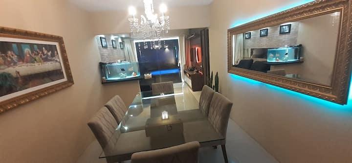 Aluga-se Quarto (Cozinha, Sala TV/Jantar, Piscina