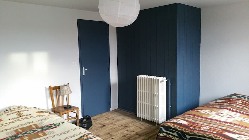 Chambre 2 - 2 lits simples