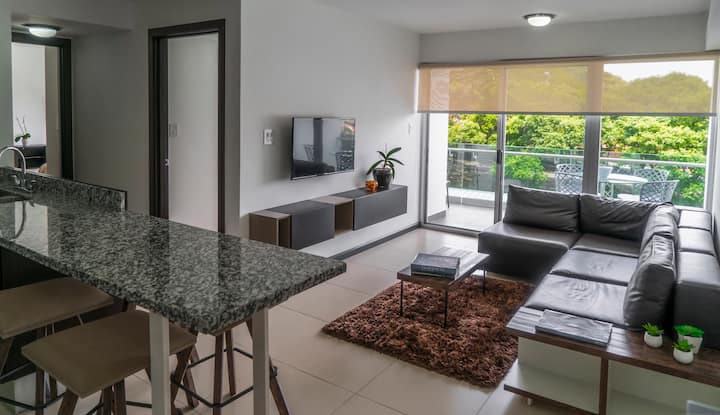 Modern & comfortable two bedroom apartment. B-10-4
