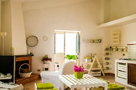 Charming Apartment near Corleone - Roccamena - Apartemen