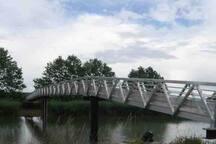Nouveau pont permettant de rejoindre l'île de Lahonce à pieds