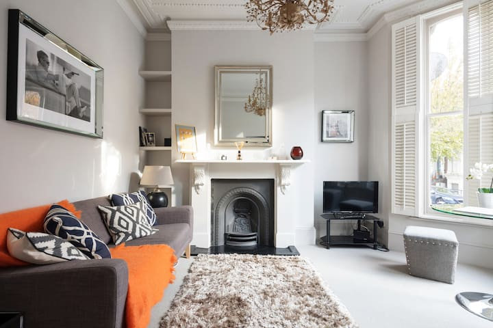 Cosy, Boutique Apartment in Shepherd's Bush