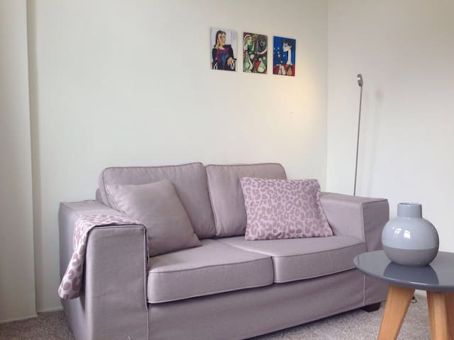 Apartment very close to Utrecht Central Station