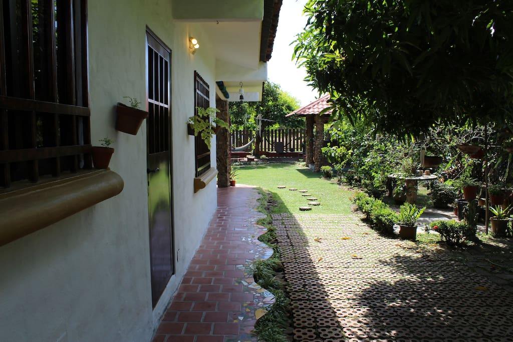 Pasillo hacia patio