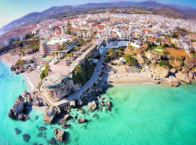 Guía/Guidebook for Nerja