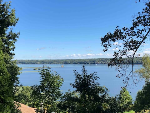 Hudson River Views near Kingston Rondout Harbor
