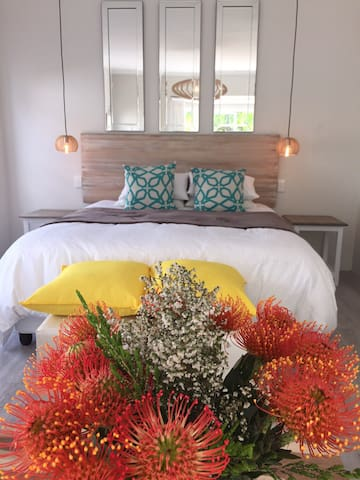 Peaceful Hermanus Garden Cottage - Onrus - Byt