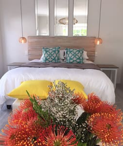 Peaceful Hermanus Garden Cottage - Onrus