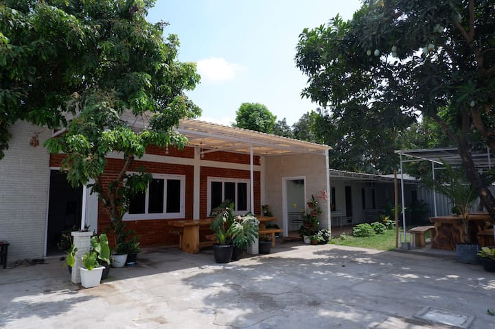 Family Room with Garden View @ OMAH KEBON (Kidung)