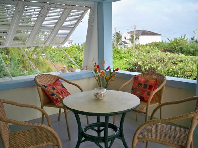 """SEASHELLS"" ocean views/pristine coves 7nts - 10%!"