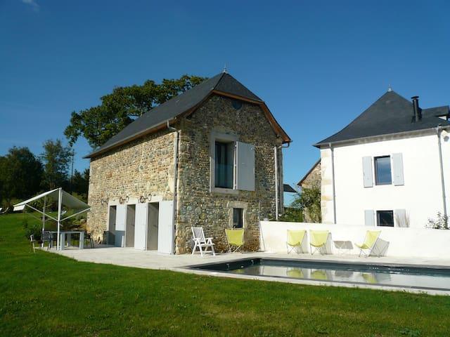 Gîte de Lamarquette, classé quatre étoiles - Lucq-de-Béarn - Rumah
