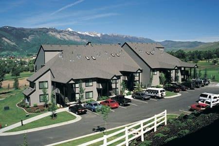 Wolf Creek Resort 2 Bdrm Condo - Villa