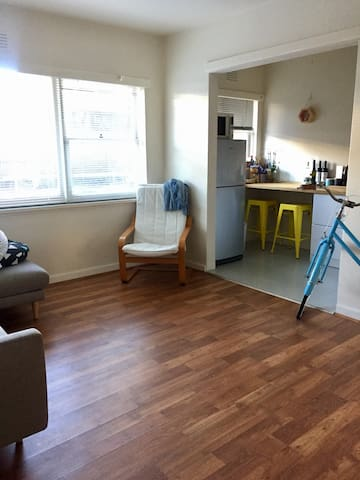 Cute Thornbury one bedroom apartment - Thornbury - Daire