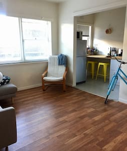 Cute Thornbury one bedroom apartment - Thornbury - Apartemen