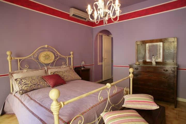 The Honeymooners' Paradise Suite
