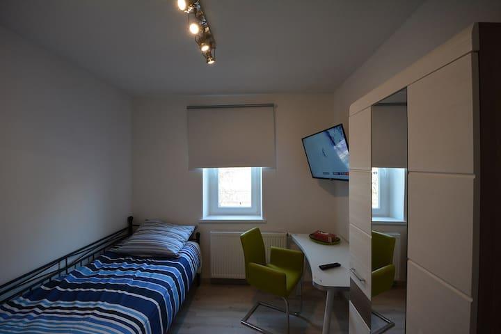 Schnuckliges Apartment mit super Infrastruktur - Neufahrn bei Freising - Apartment