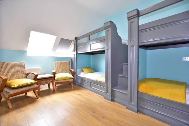 Luxury  2 bedroom Watergate  apartment 2nd floor
