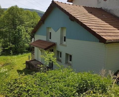Au pied du ballon d'Alsace  ,ambiance chalet