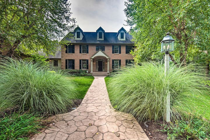 High-End Atglen House on Secluded 60 Acres!