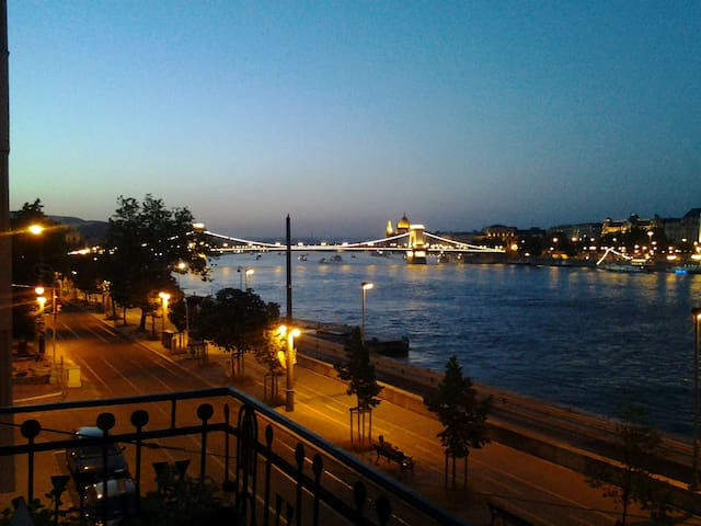 Fantastic view apartment  - Budapest - Loteng