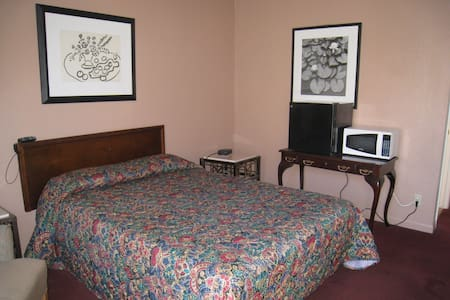 Motel rm $350 week,wifi,micro/fridg - Lynwood - Διαμέρισμα