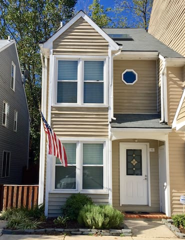 Annapolis Townhouse-Close to Downtown